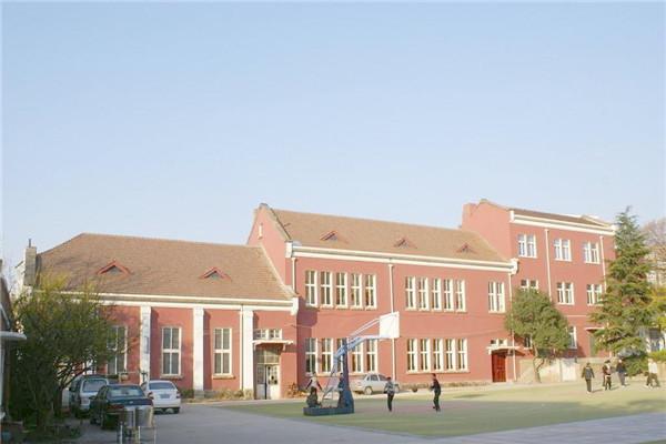 贵阳铁路运输学校